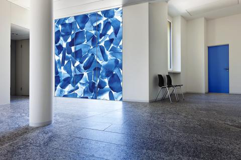 Window in ViviSpectra Zoom glass with Azure Glass interlayer