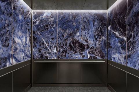 Elevator Interior in ViviSpectra Zoom glass with Sodalite interlayer
